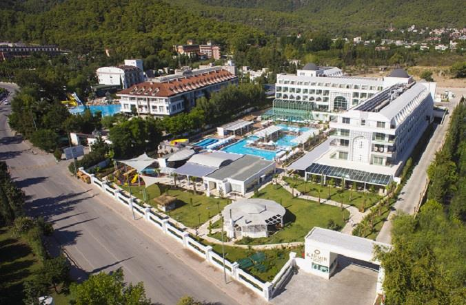 KARMIR RESORT