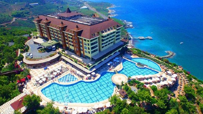 UTOPIA WORLD DELUXE  HOTEL