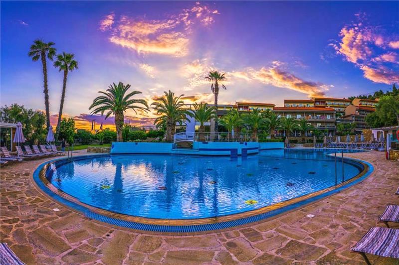 LAGOMANDRA HOTEL & SPA - NEOS MARMARAS, SITONIJA, HALKIDIKI, GRCKA