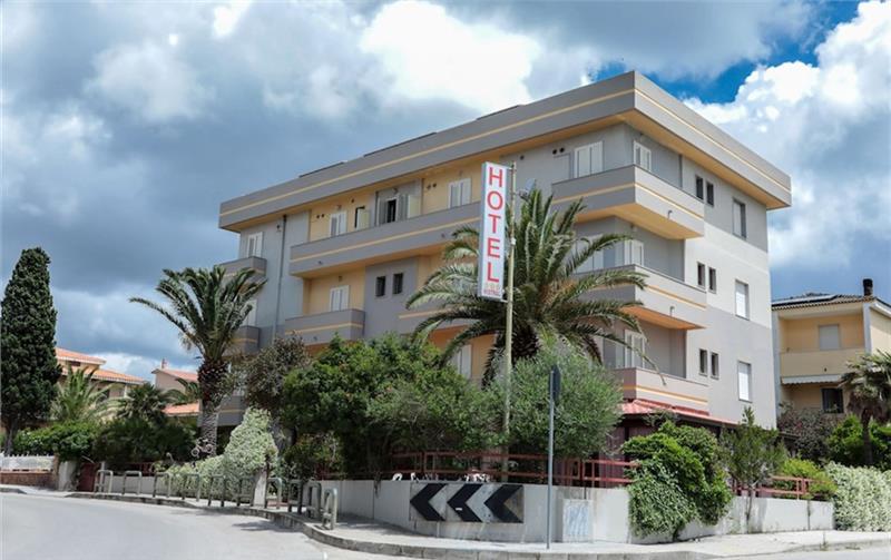 Hotel Mistral Alghero Sardinija Italija Letovanje 2020