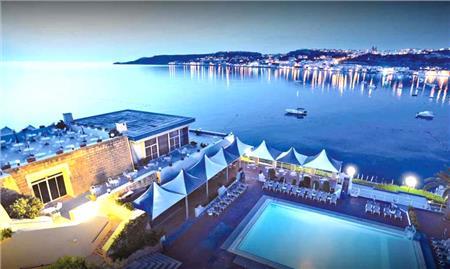 Malta avionom, Malta Wizzair, Malta hoteli, Malta letovanje, Putovanje na Maltu Agencija Fibula Beograd.
